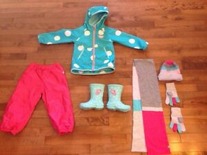 Souris Mini outfit with accessories like new