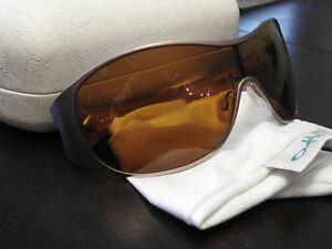 Oakley Sunglasses - Breathless - Women's St. John's Newfoundland image 2