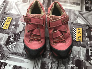 Shoes by ECCO size 27 (european)