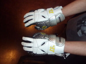 Warrior Youth Lacross Gloves