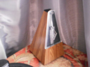 FULL SIZE METRONOME, NEW CONDITION!