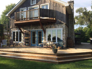 Lakefront Cottage this Weekend in Kingsville - Pet Friendly