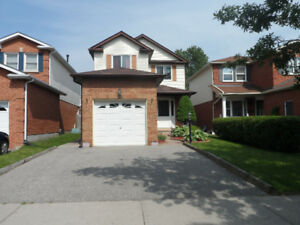 LOVELY 3-BDRM COURTICE HOME FOR RENT