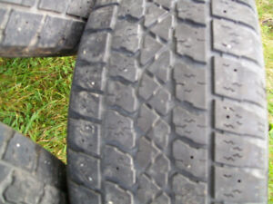 195/60/r15   SNOW TIRES (FOR SALE)
