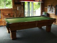 ANTIQUE MONARCH BRUNSWICK POOL TABLE