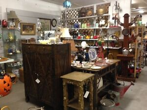ANTIQUES & NATIVE ARTIFACTS   AT BOOTH 0585