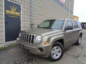2008 Jeep Patriot LOW KM'S ---- SUPER CLEAN ----ONLY $4979.00