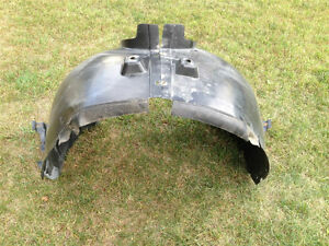 Mercedes ML W164 (W163; W166) OEM rear fender liner