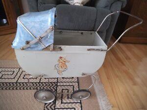 Ancien carrosse pousse-pouce, landau, jouet 25$ Québec City Québec image 1