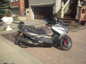 Kymco 500cc Scooter