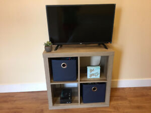 CUBE SHELF ORGANIZER/ ENTERTAINMENT CENTER