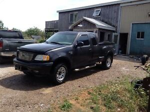 2001 f150 4+4 off road addition 2600$ ass is  London Ontario image 2