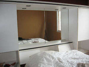 white Bedroom set(4 pieces with mirror) with black trims