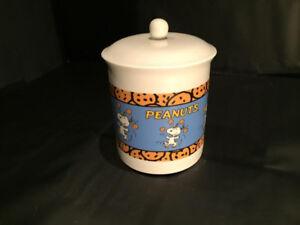 "Ceramic ""Peanuts"" characters cookie jar"