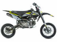 Stomp Z3 140cc Dirt Bike Motorcross Bike -PitBike - Ideal for all ages - New-