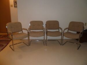 Buy Or Sell Chairs Recliners In Ottawa Furniture