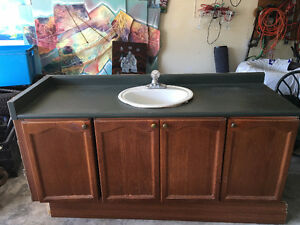 Kitchen Cabinet with Single Sink and Faucet