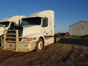 1999 VOLVO truck for sale