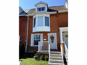 FREEHOLD TOWNHOUSE-NO CONDO FEES, LOADS OF SPACE!