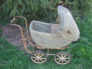 1930's Antique Doll Buggy