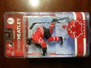 5 NHL Olympic Collectible Figures Belleville Belleville Area image 4