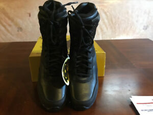 Original SWAT Police Tactical Boots. New in box.  Men's size 8 W