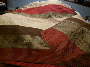 King size quilt set.