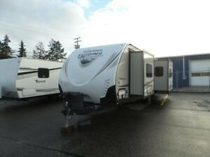 2017 Coachmen Freedom Express 276RKDS