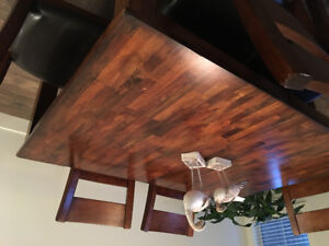 7 piece solid wood dining room table with leaf