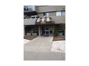GORGEOUS 1 BEDROOM FORECLOSURE FOR SALE IN THE BELTLINE