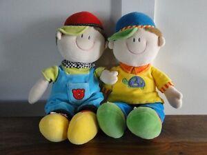 2 poupées de la marque Russ
