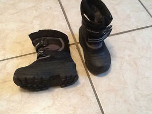 Air walk winter boots size 7