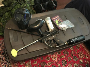 Brass Eagle Eradicator Paintball gun and CO2 canister plus more Comox / Courtenay / Cumberland Comox Valley Area image 1