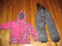manteau ensemble hiver garçon fille 5 - 6 ans 15$ - 10$