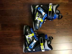 Boys skis and boots