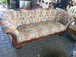 Victorian couch. Cherry wood. Rebuilt.