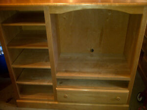 Solid Pine Entertainment Unit With Television Kitchener / Waterloo Kitchener Area image 1