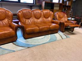 Tan Italian Leather 3 Seater Sofa & 2 Chairs (1Recliner)