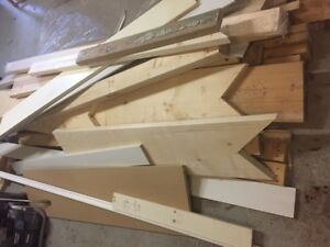 FREE: Various Lumber, Studs, Trim Pcs, Wainscotting from Renos