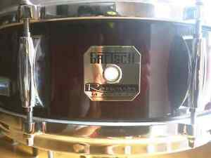 """GRETSCH - Renown Maple Snare 14""""x 5"""" with Die Cast Hoops"""