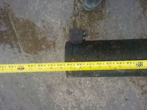 Hydralic Cylinder out of Tilt N Load Truck London Ontario image 4