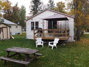 Winnipeg Beach Cottage Available May til September