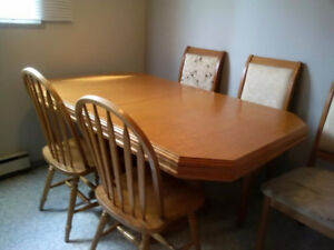 Free Kitchen Table With 5 Miss Match Chairs In Good Shape