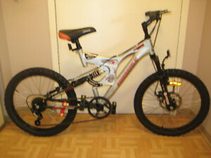 20'' BIKE full suspension 5 speed tuned up a gift for any occas.
