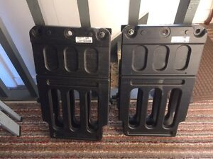 2014 FORD  BLACK STOWABLE BED EXTENDER Part No AL34-99286A40 Cornwall Ontario image 1