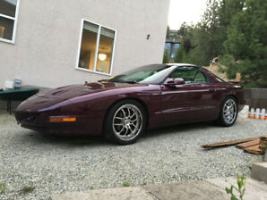 1995 Firebird Formula 6-speed Manual LT1 V8