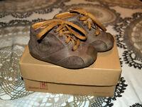 Bottines Premiers Pas GARVALIN (21 EUR /5 US) / First step shoes