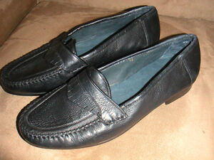 navy fine leather loafers