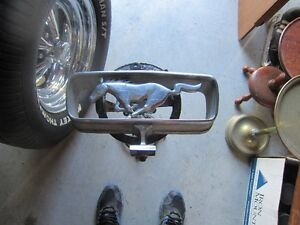 1964 1/2 MUSTANG GRILL EMBLEM, GAS CAP WITH CABLE Peterborough Peterborough Area image 2