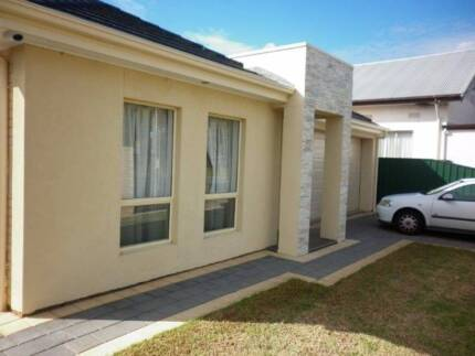 Seaton SA, Large 4 bedroomed home ready to move in. Seaton Charles Sturt Area Preview